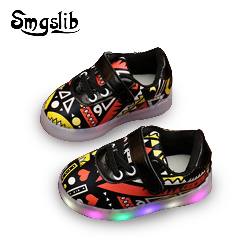 Led kids shoes Fashion graffiti Baby Girls boys shoes sneakers with flashing lights Children Shoes Casual PU Flat size 21-31