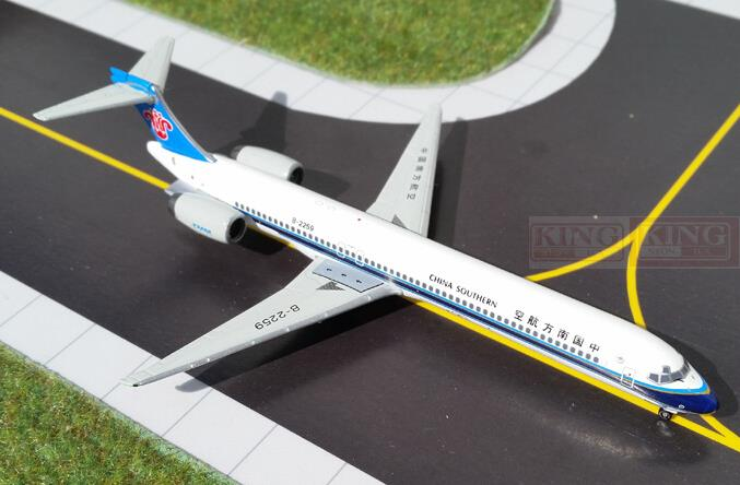 GJCSN1349* GeminiJets China Southern Airlines B-2259 1:400 MD-90 commercial jetliners plane model hobby gjiss1512 meridiana md 80 i smet 1 400 geminijets commercial jetliners plane model hobby