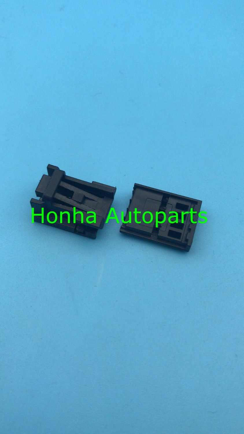 hight resolution of  4 pin female 8k0 973 754 door lifter switch plug 8k0973754 auto wiring harness connector for