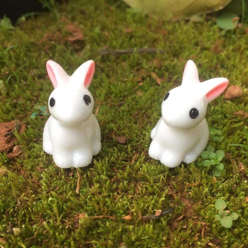 1PC Synthetic Resin Hand-painted Mini Rabbit Ornament Miniature Figurine Model Hand-painted Mini Animal Fairy Garden Decor