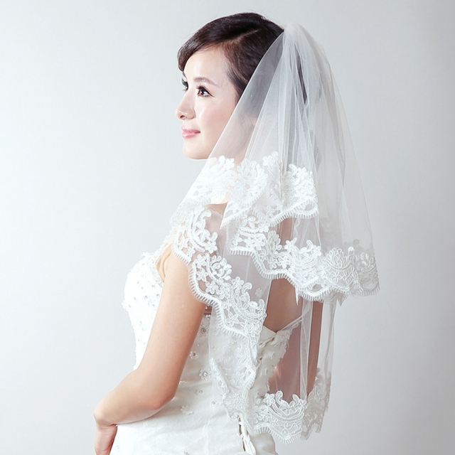 New Arrival 2016 Lace Edge Wedding Veil Short Tulle With Comb Handmade Noble White Bridal Veils Velos De Novia