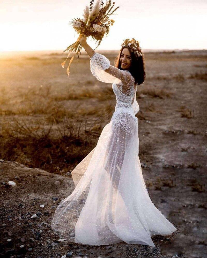 See Through Lace Beach 2019 Bohemia Bridal Gowns Sexy V Neck Lantern Sleeve 2019 Muslim Arabic Wedding Dress Boho Sofuge Vestido