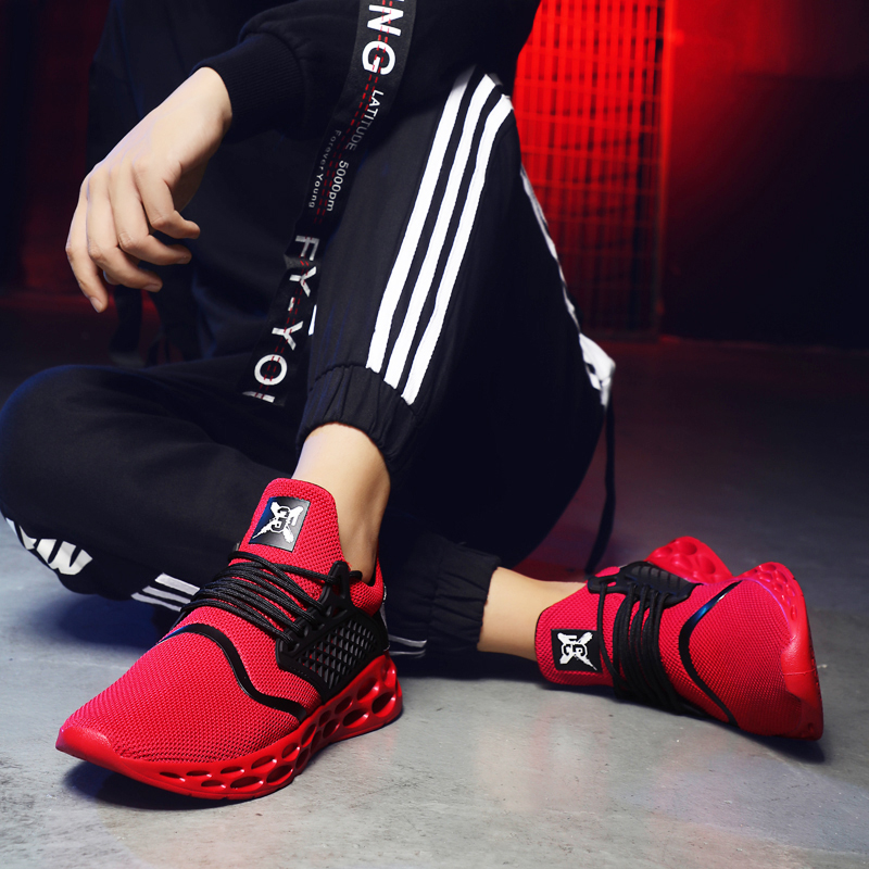 2019 Ultra Light Running Shoes Men Summer Spring Lace Up Solid Sports Shoes Cheap High Quality Outdoor Jogging Sneakers Men