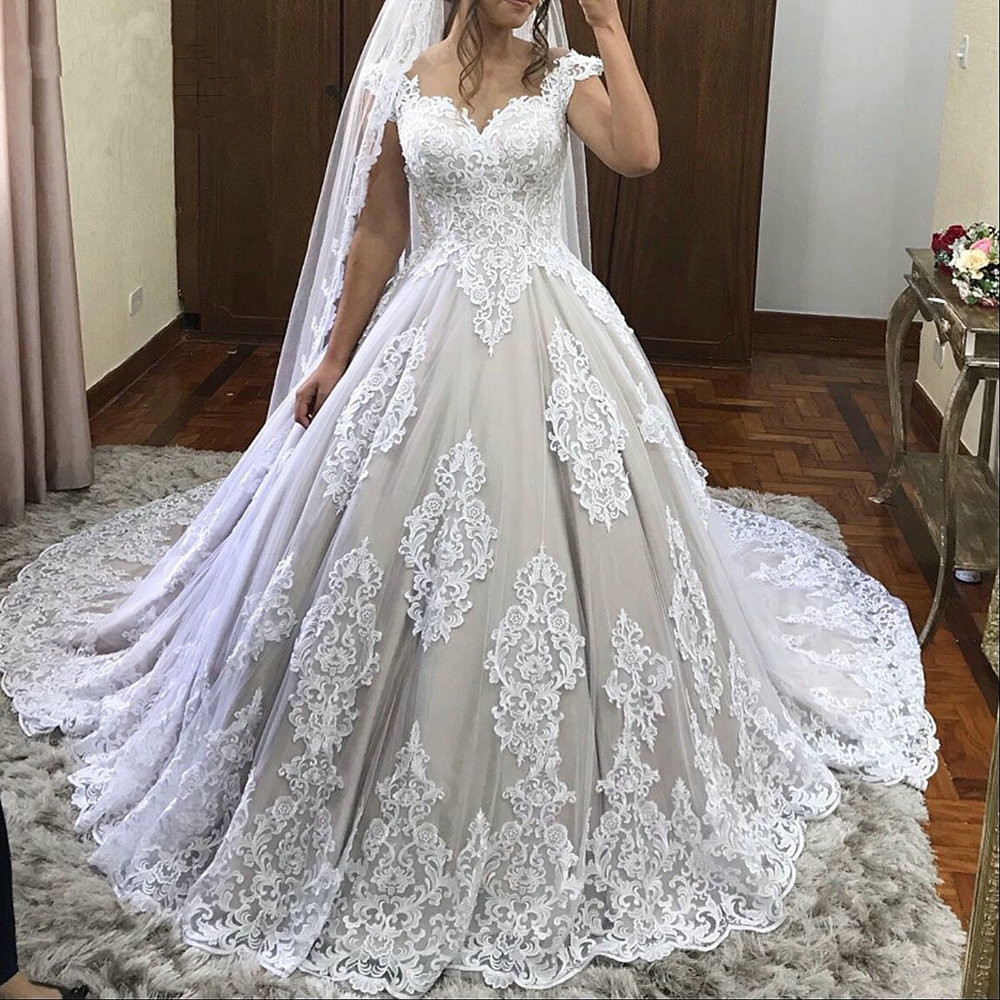 robe de mariee Plus Size Ball Gown Luxury Wedding Dresses 2019 Sweetheart sleeves sexy Lace Appliques