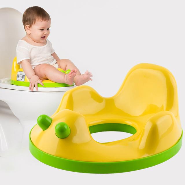 Venta caliente Niños Del Bebé Bebés Para el Baño Higiénico Asiento Taburete Higiénico Almohadilla del asiento Higiénico Suave Asiento Cojín Anti Salpicaduras de Orina Envío gratis