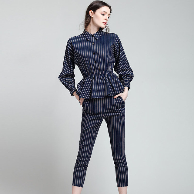High Quality Brand New Fashion Women's Pants 2Pcs Clothing Set Long Sleeve Striped Blouse and Calf Length Pants Suit Set Twinset