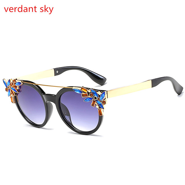 3d5eaa1656 2017 Fashion Big Frame Sunglasses Women Brand Designer Vintage Rivet Shades  Female Sun Glasses Oculos Sol