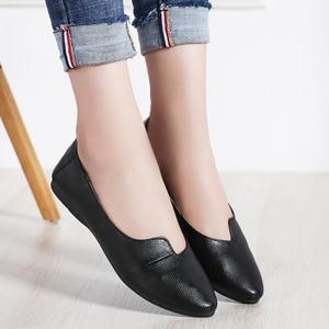 Image 3 - STQ 2020 Autumn Women Ballet Flats Genuine Leather Shoes Slip On Loafers Women Flats Woman Shoes Black Grandmother Shoes 1189