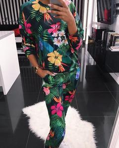 Image 2 - Осенне зимний пижамный комплект с цветочным принтом, Женская свободная мягкая пижама с длинным рукавом и круглым вырезом размера плюс, женская одежда для сна, Женская домашняя одежда