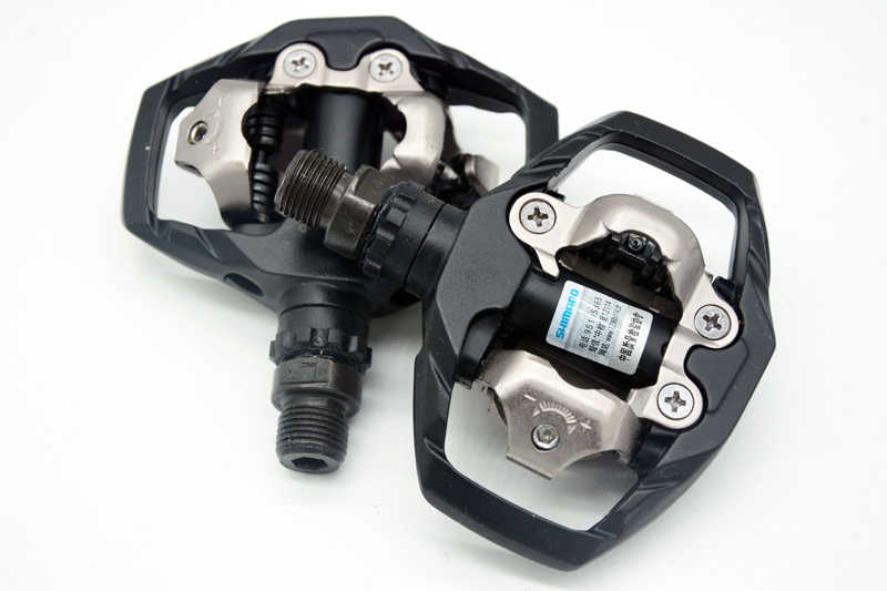 99fc9db2317 ... Genuine Shimano PD-M530 SPD MTB Trail MTB Clipless Pedals with Cleats  Black white cycling ...