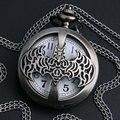 Batman Hueco de bronce Reloj de Bolsillo Collar de Cuarzo de La Vendimia Reloj de Regalo para Niñas