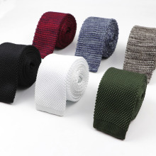 Модные Для Мужчин's красочные галстуком-бабочкой вязаные трикотажные галстуки однотонные Цвет узкие штаны, тонкие, обтягивающие, сплетенная равнина Cravate узкий галстук