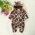 Invierno Nuevo diseño Del Algodón Del Bebé Caliente de espesor de manga larga Mamelucos Encapuchados bebé modelo de la jirafa Mono Trajes