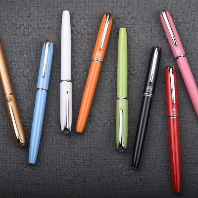 Wholesale Free Shipping Picasso 916 Ballpoint Pens Luxury Sign Pen Gift for Lady Office and School Stationery real picasso 917 ballpoint pen roller ball pen office and school writing supplies gel pens business gift free shipping