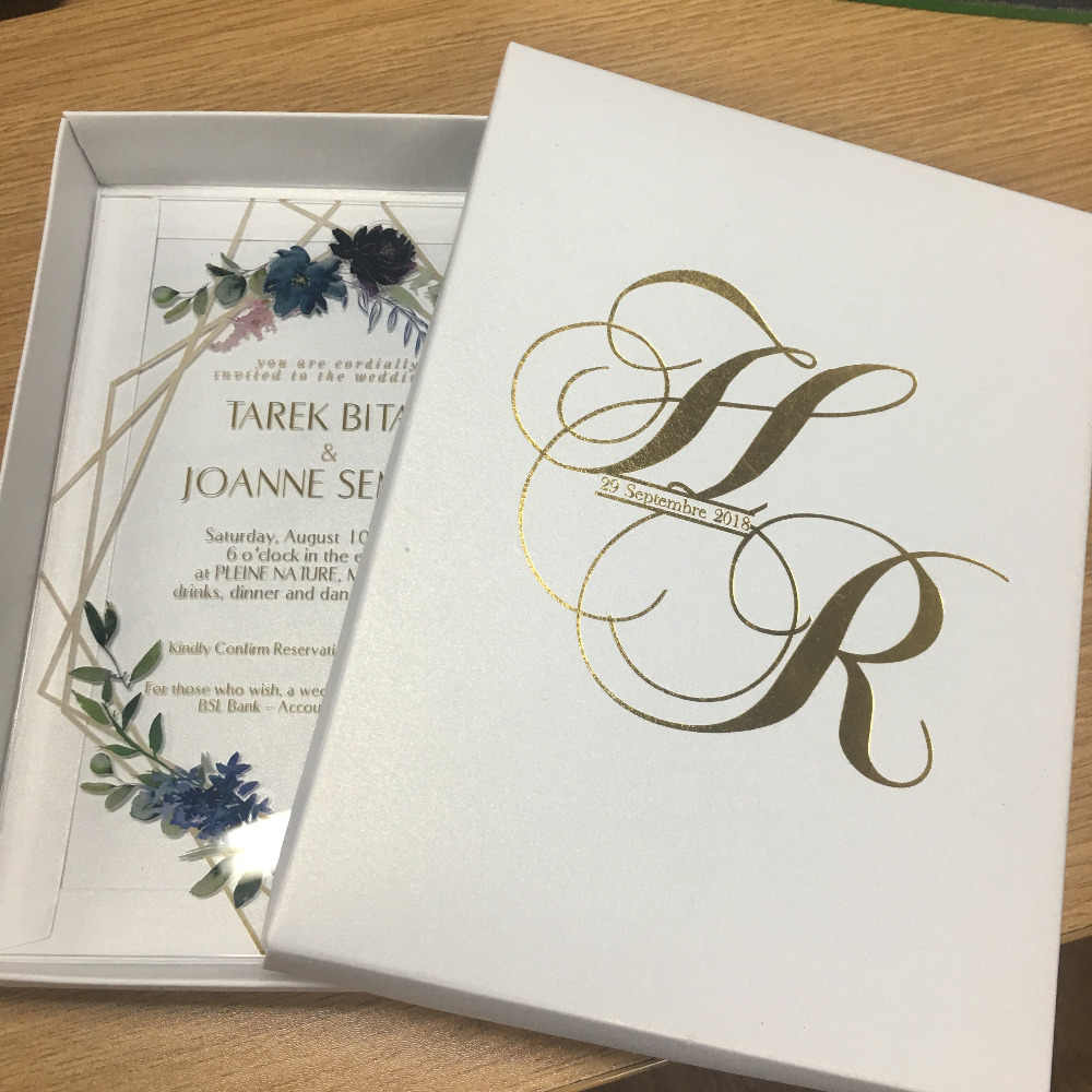 Hot Sell Good Quality Personalize Nice Flower Acrylic Wedding Favor Invitation Cards Lace Fancy Printing Invitations Cheap Price