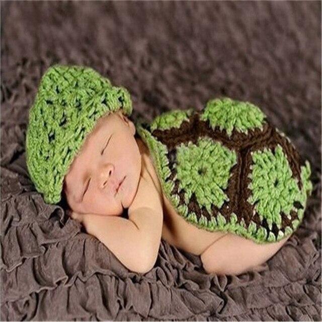 2017 Hijau Topi Bayi dengan Cape Set Anak Fotografi Alat Peraga Bayi Baru  Lahir Crochet Hewan 6b556873e0