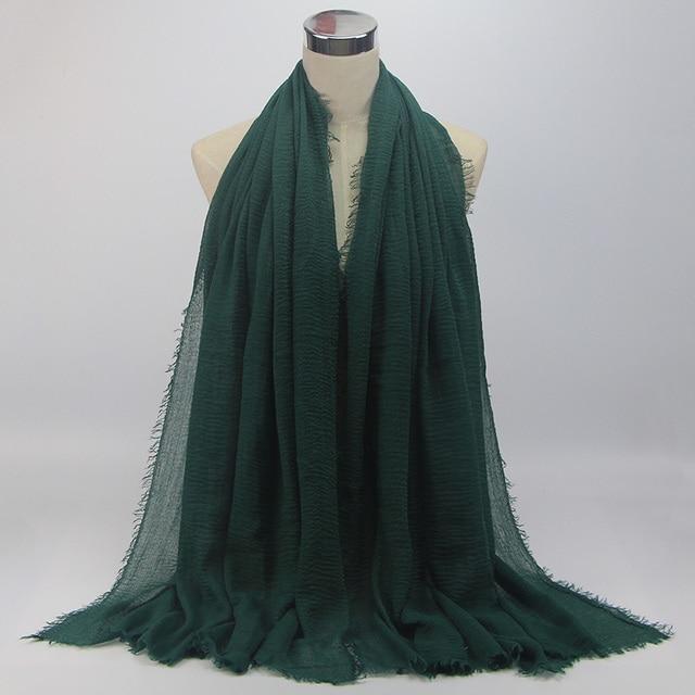 color 18 dark green