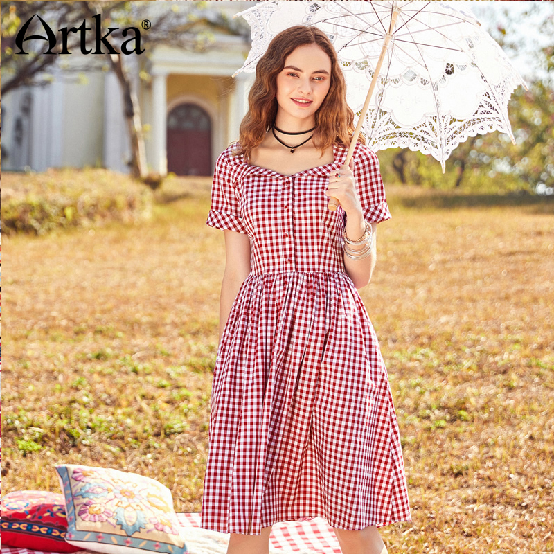 ARTKA 2018 Summer New Women Cotton Slim Waist Short Sleeve Big Swing Fresh Vintage Red Plaid