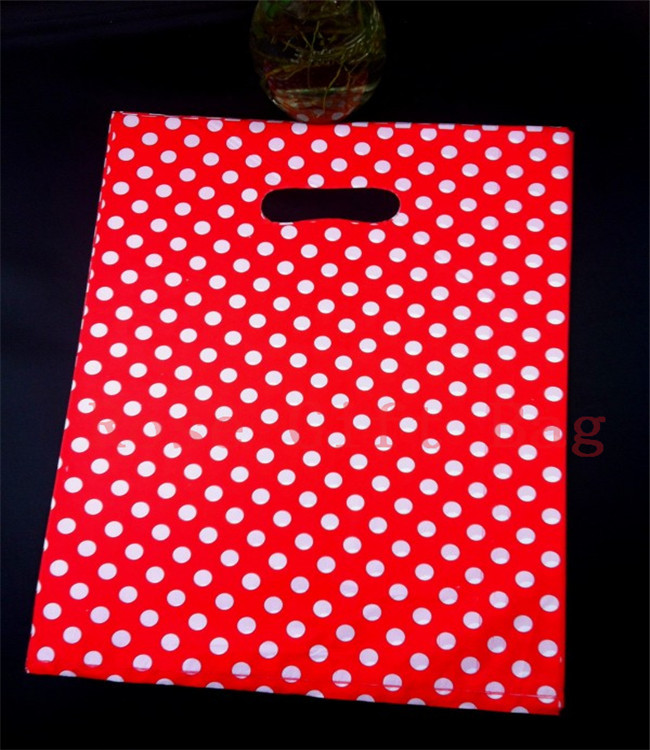 Wholesale 50pcs/lot 25X35cm Large Plastic Shopping Bags For Boutique Packaging White Round Dots Red Plastic Gift Bag With Handle