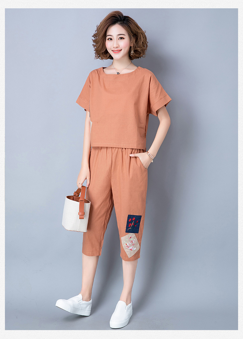2019 Summer Cotton Linen Vintage Two Piece Sets Women Embroidery Patchwork Short Sleeve Tops And Cropped Pants Causal Suits 44