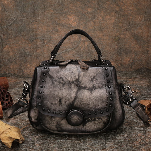 Genuine Leather Women Cover Handbags 2019 Retro Shoulder Sling Bags Handmade Leather Lady Messenger Bags Studded Hand Bags