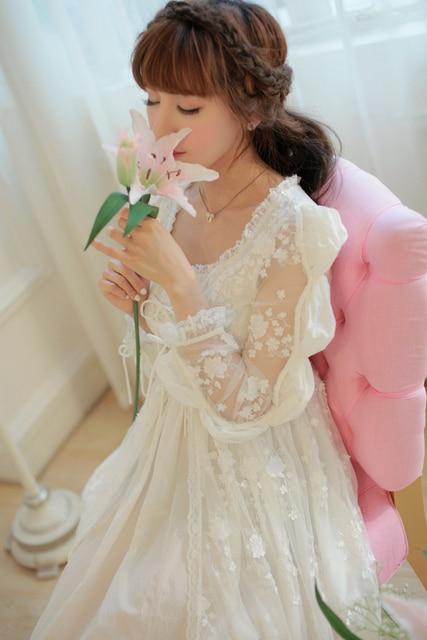 British vintage royal long white lace nightgown princess sleepwear women night  dress ladies cotton nightwear free 3a1f42d23