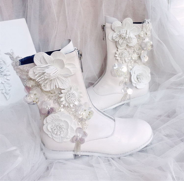 White Women Shoes Flowers and Cyrstal Rhinestone Beaded Pearl Mid-calf Boots with Zip for Winter Girls LadyWhite Women Shoes Flowers and Cyrstal Rhinestone Beaded Pearl Mid-calf Boots with Zip for Winter Girls Lady