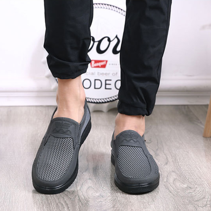 Merkmak Comfortable Men Casual Shoes Breathable Mesh Summer Men Shoes 2020 New Non-slip Lightweight Sneakers for Men Big Size 48 5