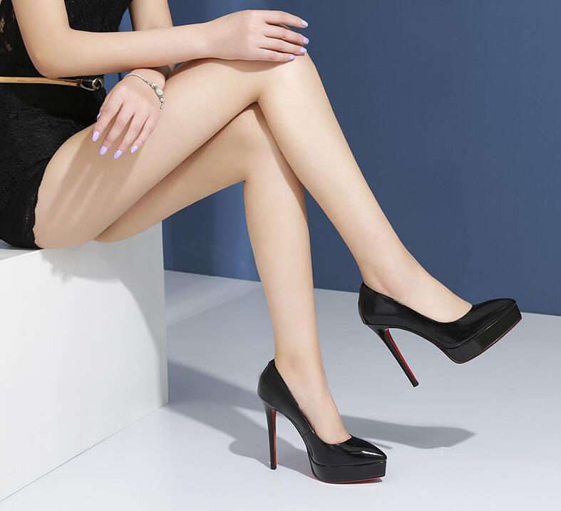 Femminile Pompe Pelle Laccato Di 2018 Della Puro Colore Scarpe Sharp Molla Europeo Donne Stile Impermeabile Tavolo Moda Mucca Nuovo Americano In qqTnRwSx7v