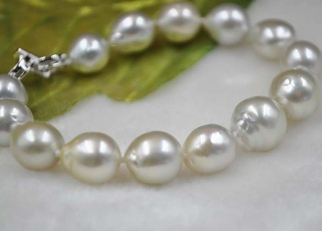 GORGEOUS 10-12.5mm natural color south sea water pearl bracelet
