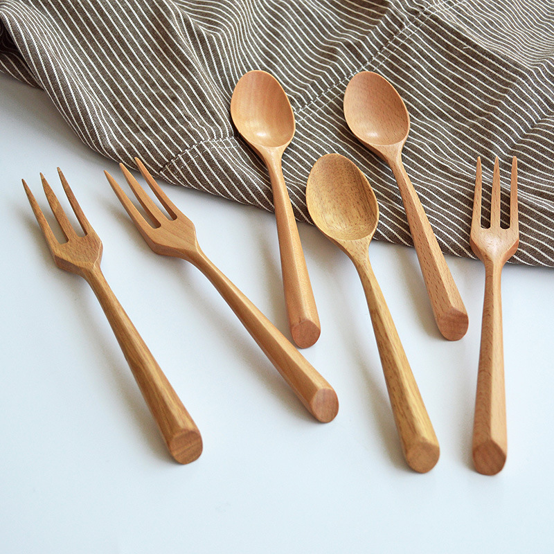 2pcs Natural Bamboo Kitchen Tools