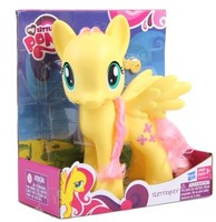 fluttershy-with-box
