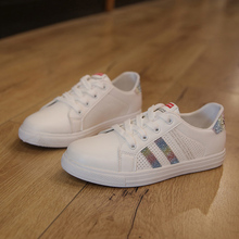 New Women Casual Shoes Female Soft Women Sneakers Flats Girl Breathble Vulcanized Shoes Lace Up Casual White Zapatos De Mujer