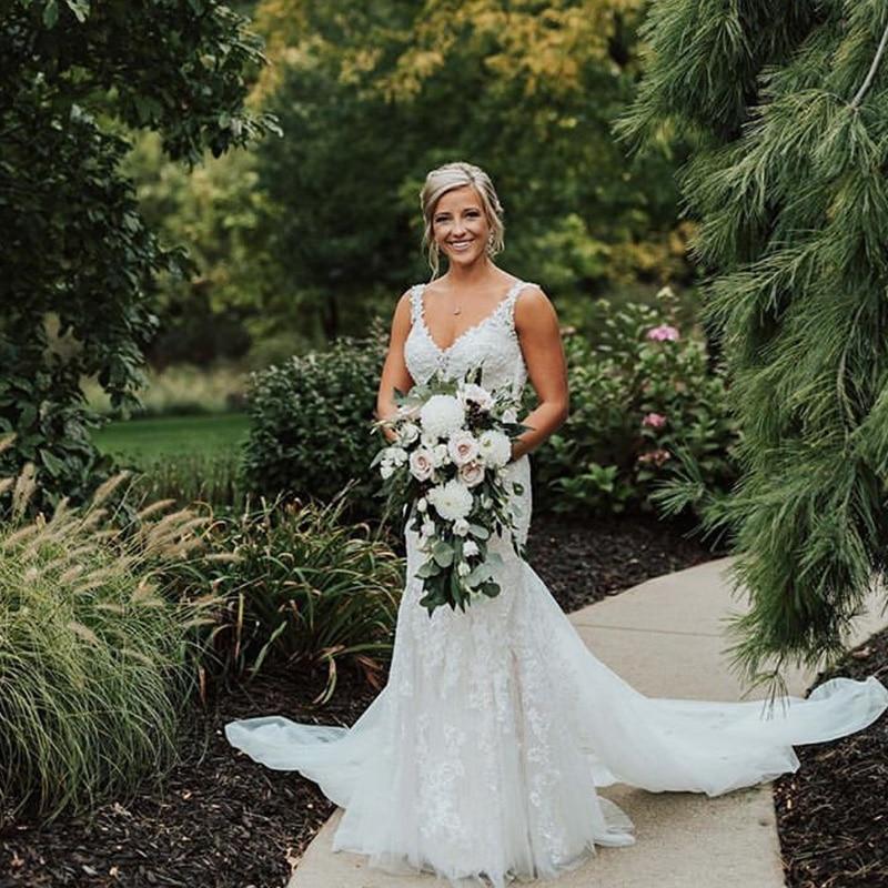 Lace Trumpet Wedding Dresses Spaghetti Straps V neck Vestido De Noiva Appliques Backless Women Party Bridal Dresses Custom Made