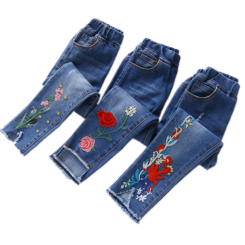 Girls jeans 2018 spring autumn new childrens pencil pants princess embroidered flowers casual pants kids   trousers 18M03Girls jeans 2018 spring autumn new childrens pencil pants princess embroidered flowers casual pants kids   trousers 18M03