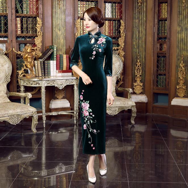 Spring New Green Chinese Women's Velvet Qipao Sexy Long Cheongsam Vintage Embroidery Flower Dress S M L XL XXL XXXL T0019-C женское платье brand new 2015 vestidos 5xl s m l xl xxl xxxl 4xl 5xl