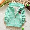 Bebé ropa de las muchachas del algodón top de la moda con capucha carácter clothing prendas de vestir exteriores de la rebeca de punto con capucha hello kitty sudaderas