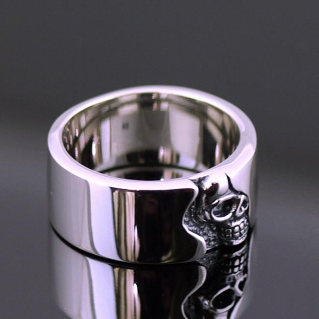 Thailand imported a minimalist half face skull plate ring Skull Thai Silver Mens Rings thailand imports skull blood new skeleton silver ring