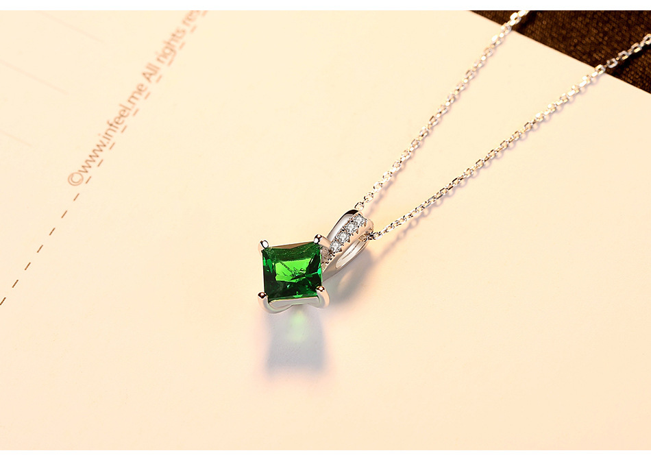 fashion jewelry Crystal Pendant sterling silver Necklace Manufacturers pendant for women LB26