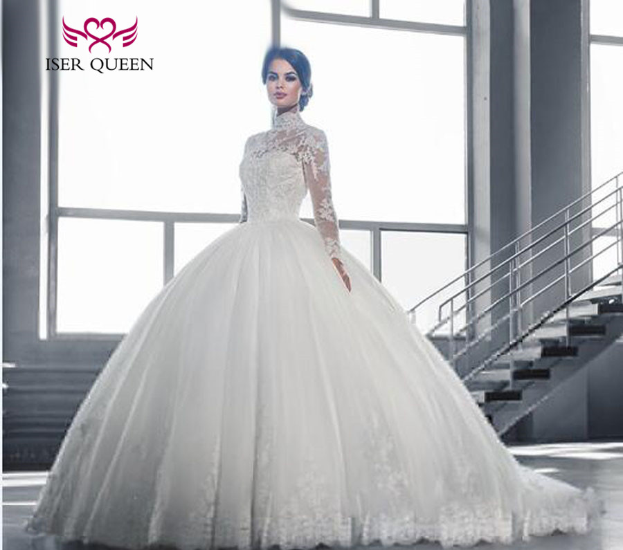 High Stand Collar Long Sleeve Arab Vintage Wedding Dresses 2019 Ball Gown Lace Appliques Beaded Court Train Wedding Dress W0019