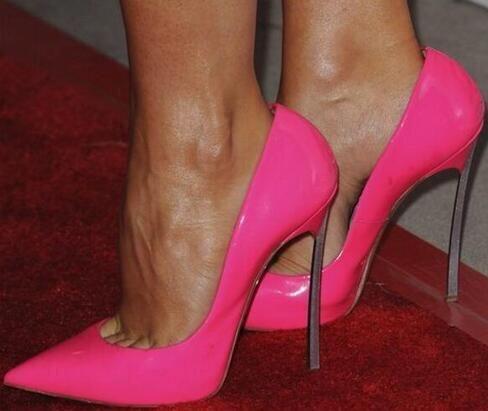 Offre spéciale rose en cuir verni femmes nouvelles pompes de mode Sexy bout pointu lame talon dames chaussures de fête sans lacet talons hauts chaussure de fête