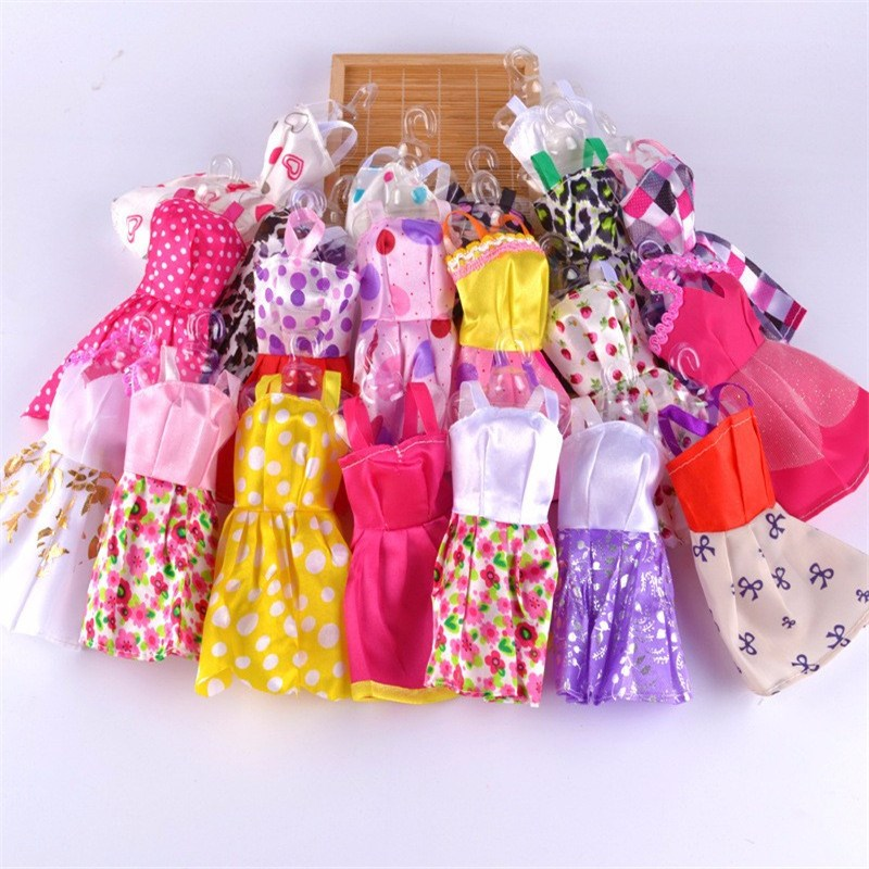 Scorching Promote  2016 Latest Lovely Handmade Social gathering Garments Vogue Costume For Barbie Doll Greatest Reward Toys