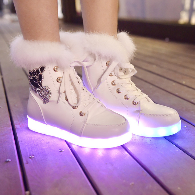 2016 glowing shoes High Top women LED Shoes luminous fluorescent LED lights  Boots USB charging warm Winter Woman Snow Boots d8652eea26f