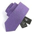 Alta Qualidade 2016 Nova Marca de Moda 7 CM Designer Magro Laço do Negócio Gravatas Dos Homens gravata gravata Estreita Skinny Gravata De Seda para Homens Caixa de Presente