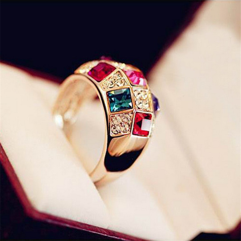 8Seasons Fashion Women Rings Gold Round Rings Multicolor Transparent Red Green Rhinestone Vintage Series Acessories,1 Piece ...