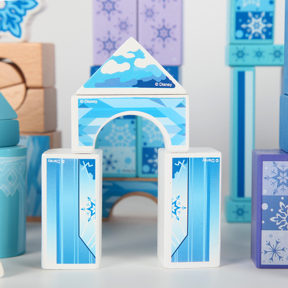High-quality Disney Frozen theme Building block 100 Grain Toddler intelligence DIY toys baby's castle child's birthday gifts