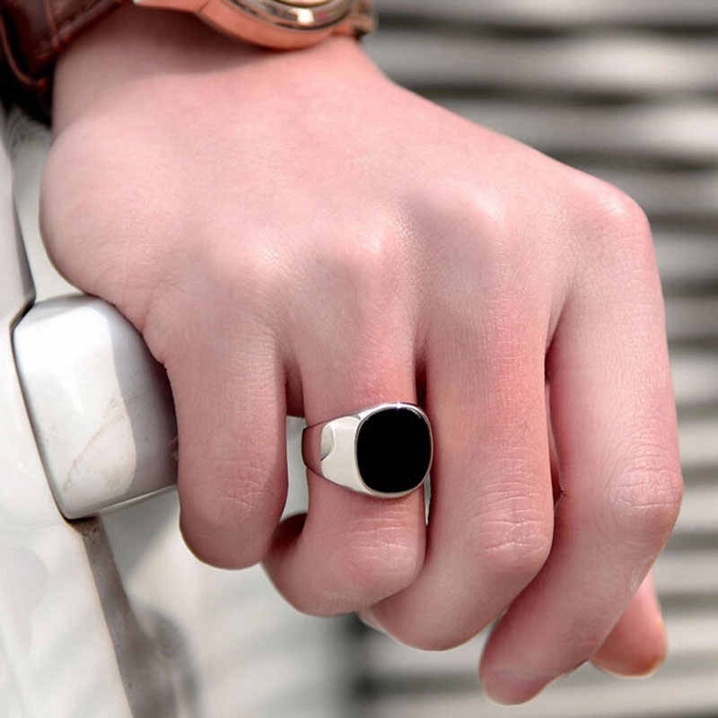 Men Vintage Ring Gold Silver Plated Black Enamel Rings Punk Classic Black Drip Imitation Black Stones Male Enamel Ring