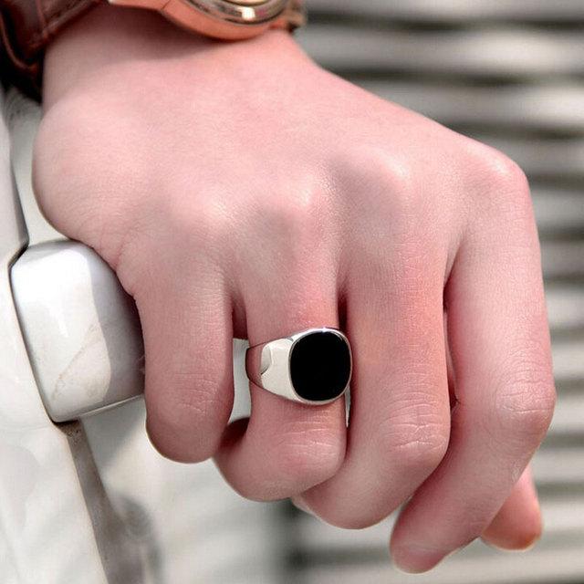 Gold Silver Plated Black Enamel Rings Men Vintage Ring Punk Classic Black Drip Imitation Black Stones Male Enamel Ring