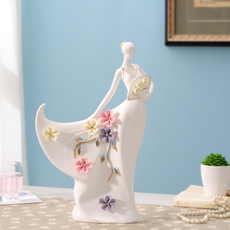 Elegant ceramic beauty sculpture ornaments modern home decors creative handmade wedding giftsElegant ceramic beauty sculpture ornaments modern home decors creative handmade wedding gifts
