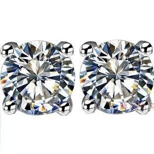 Spedizione Gratuita! 0.5-2 carat Sterling Silver 925 4 Prongs Taglio Brillante Rotondo Grade sona Simulato Gem Stud orecchino per le donne